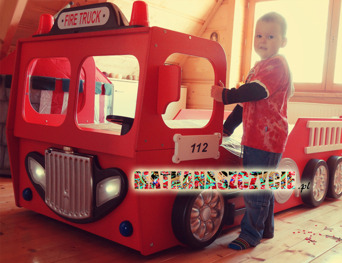 Łóżko wóz strażacki