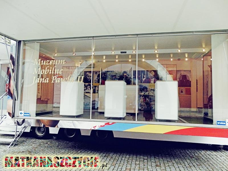 Mobilne muzeum Jana Pawła II