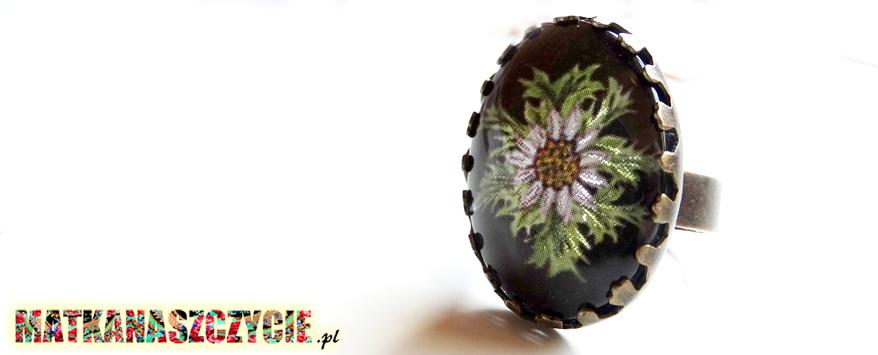 pierścionek z kaboszonem folk