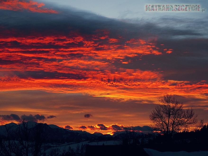 niebo chmury zachód góry