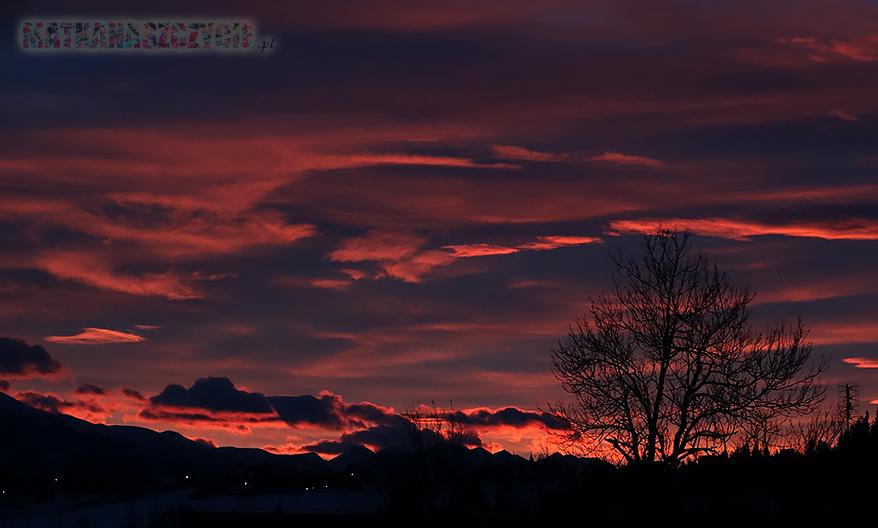 grudzień zachód słońca góry